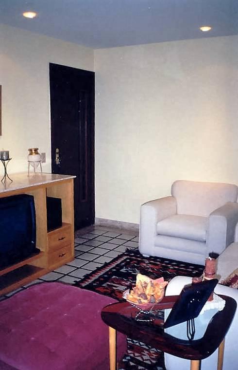 Projeto 5, Brasil : Salas de estar modernas por Ana Cristina Daré