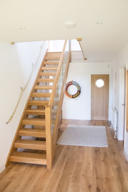 Oak open plan staircase with glass balustrade by stairbox for Open staircase