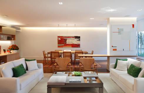 Projeto Rui Barbosa: Salas de estar modernas por Adriana Valle e Patricia Carvalho