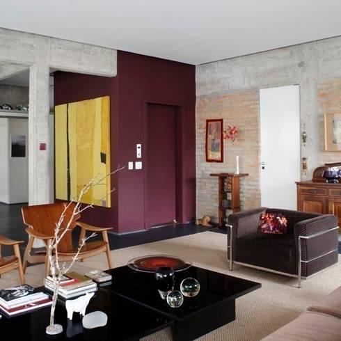 Retrofit Residência Higienópolis 1: Salas de estar modernas por Gustavo Calazans Arquitetura