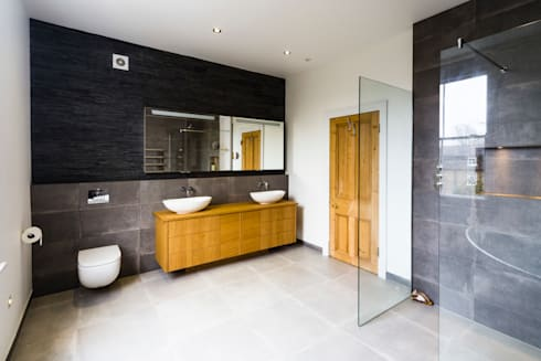 New bathroom design and installation: modern Bathroom by Affleck Property Services