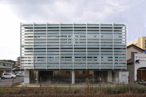 外観1: 白根博紀建築設計事務所が手掛けたオフィスビルです。