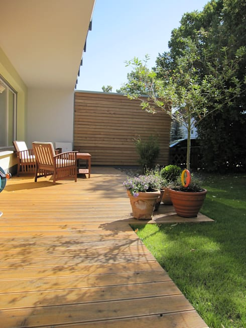 Terrasse:  Garten von ARCHITEKTURBÜRO  SEIPEL