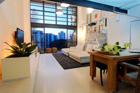MM: Salas de estar modernas por Flávia Gerab