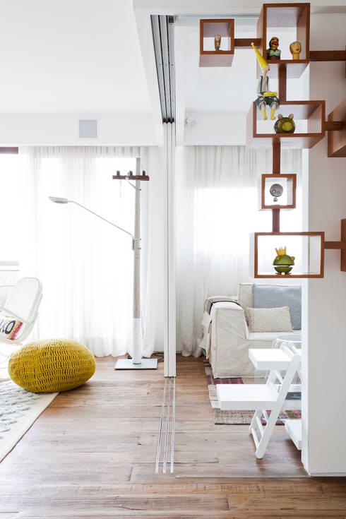 FA: Salas de estar modernas por Flávia Gerab