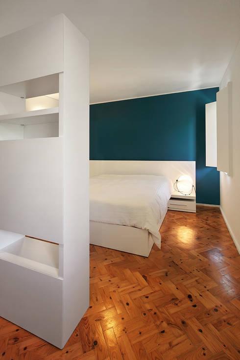 Kamar Tidur by Tiago Patricio Rodrigues, Arquitectura e Interiores