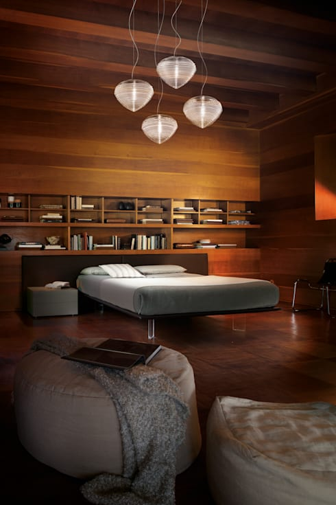 Spirit: Camera da letto in stile in stile Classico di Marco Acerbis