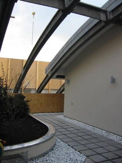 Loft in un capannone industriale di arkhistudio homify for Capannone moderno