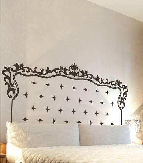 Dormitorios de estilo  por Visualvinilo