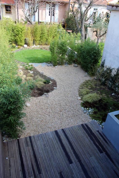Rénovation d'une maison - TOULOUSE: Jardin de style  par Atelier d'architecture Pilon & Georges