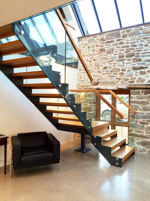 Bespoke Staircase Cornwall:  Corridor, hallway & stairs by Complete Stair Systems Ltd