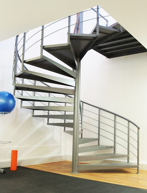 Spiral Staircase Wokingham:  Corridor, hallway & stairs by Complete Stair Systems Ltd