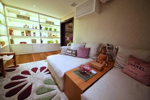 Residência Jardim Marajoara: Salas de estar modernas por MeyerCortez arquitetura & design