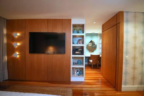 Residência Jardim Marajoara: Quartos  por MeyerCortez arquitetura & design