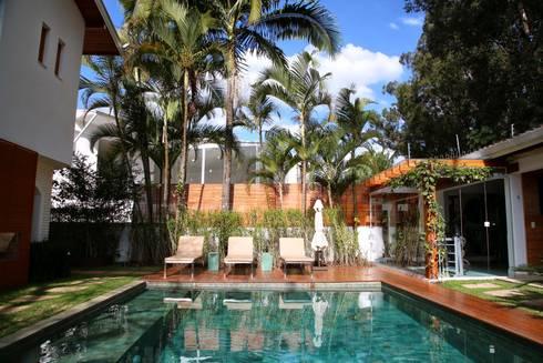 Residência Jardim Marajoara: Piscinas modernas por MeyerCortez arquitetura & design