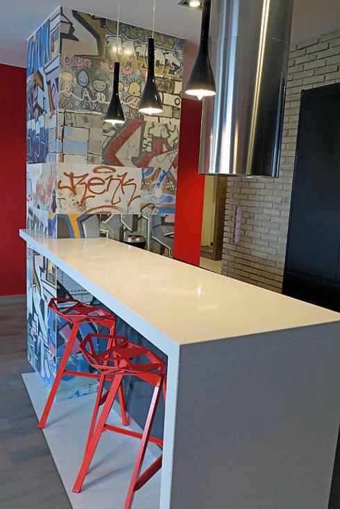 Negatyw miasta: styl , w kategorii Kuchnia zaprojektowany przez Wnętrza Alicja Galewska