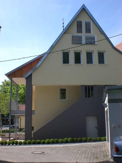 Дома в . Автор – gruppe2