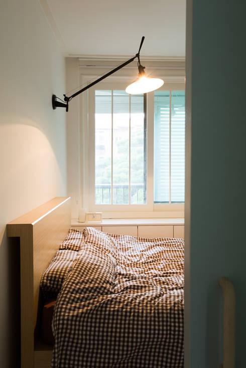 The Diagonal Line _평창동 빌라: 지오아키텍처의  침실