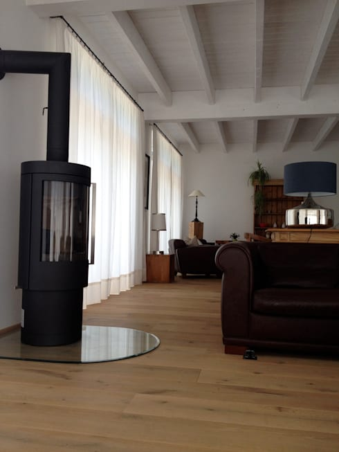 Haus B: ausgefallene Wohnzimmer von cordes architektur