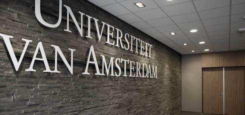 Universiteit van Amsterdam:  Scholen door Xcel Stones