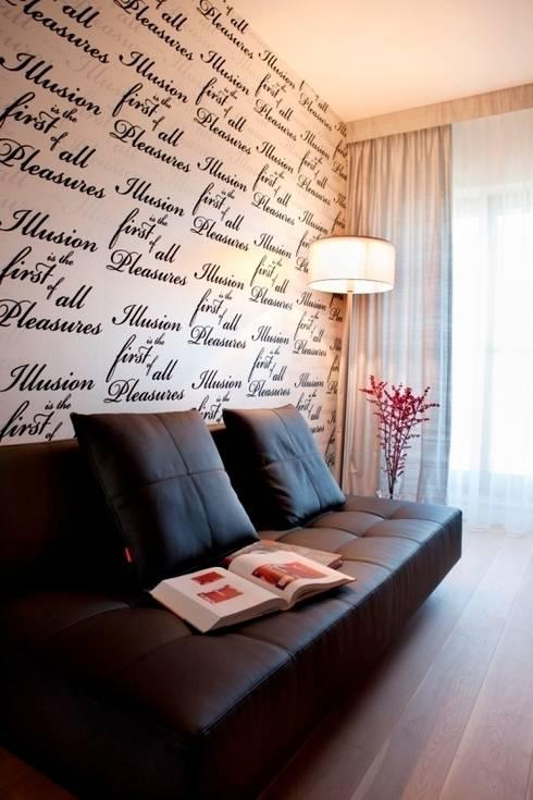 gabinet pełen cytatów: styl , w kategorii Ściany zaprojektowany przez living box