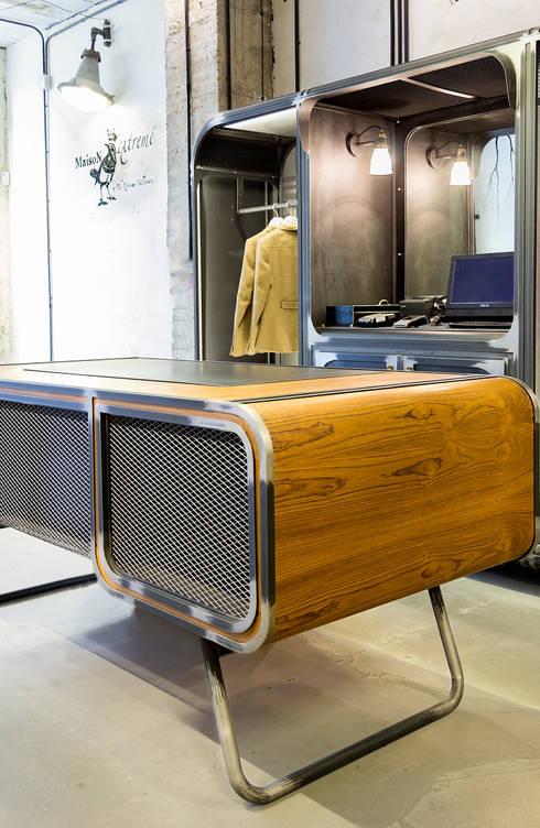 Tienda Devota & Lomba by Extreme Collection: Oficinas y tiendas de estilo  de Álvaro Leco Fotógrafo