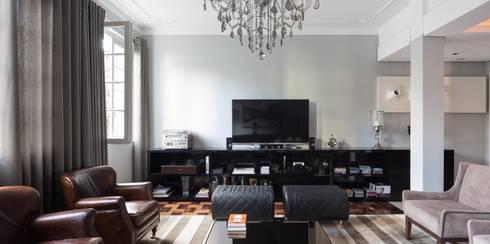 ACT | Estar: Salas de estar modernas por Kali Arquitetura