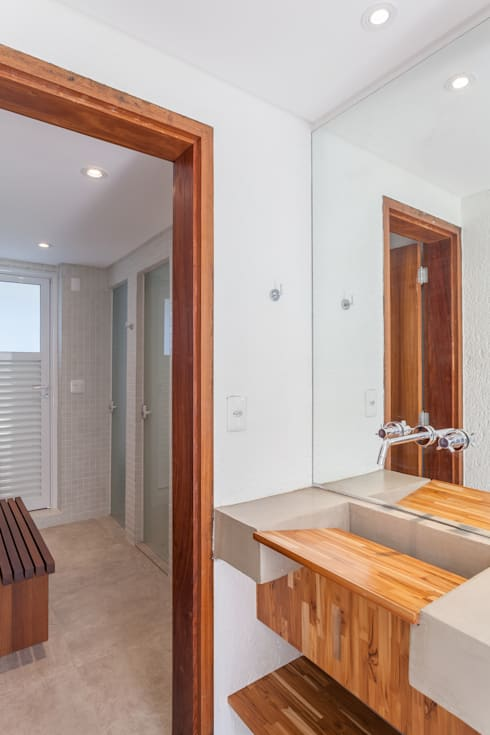 Residência Parque dos Príncipes: Banheiros modernos por Nautilo Arquitetura & Gerenciamento