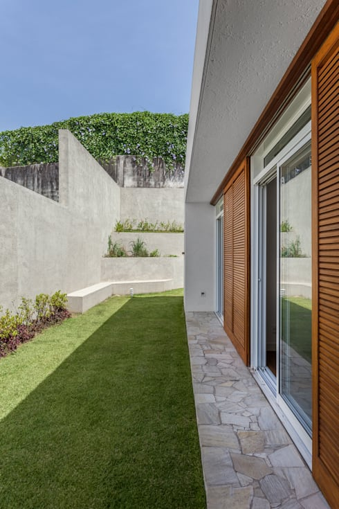 Residência Parque dos Príncipes: Janelas   por Nautilo Arquitetura & Gerenciamento