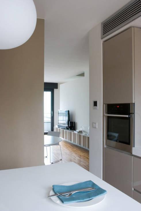 Due piani di luce di studio zerbini villani homify for Piccoli piani di studio