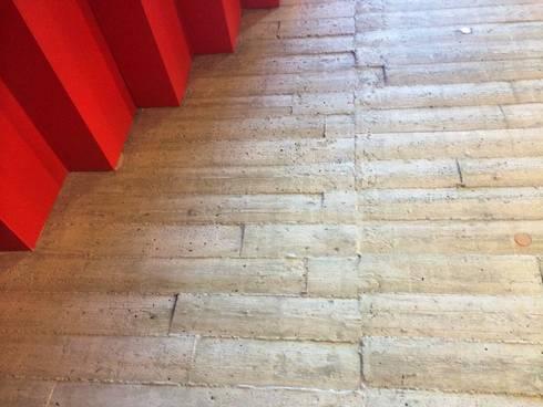 betontapete als brettschalung wande von xstone design gmbh beton tapete vlies