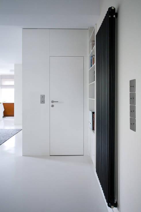 Salon : styl , w kategorii Salon zaprojektowany przez ARCHISSIMA