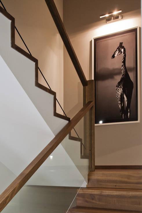 Dom w Krakowie : styl , w kategorii Korytarz, przedpokój zaprojektowany przez ARCHISSIMA