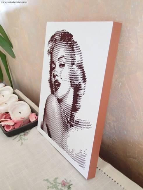 Merylin Monroe: styl , w kategorii Ściany i podłogi zaprojektowany przez Portrety w drewnie pl