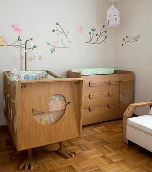 quarto de bebê: Quarto infantil  por Estudio Amélia Tarozzo