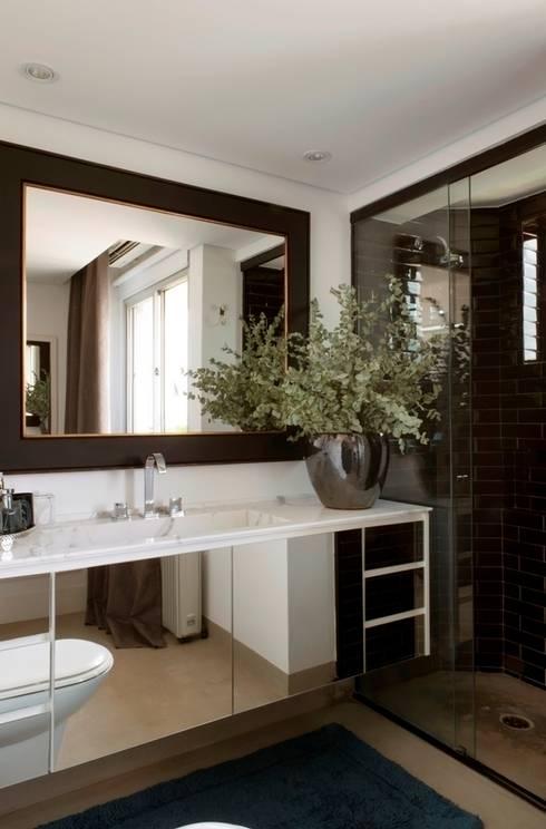 Apartamento Pavão : Banheiro  por Maurício Karam Arquitetura
