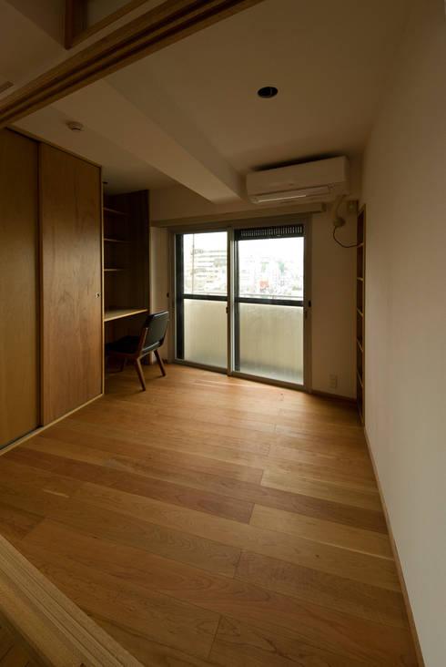 根津・ROOM・T(NEZU・ROOM・T): 吉田裕一建築設計事務所が手掛けた子供部屋です。