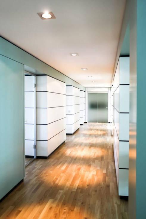 gr neburgweg 64 von unlimited architekten neumann rodriguez homify. Black Bedroom Furniture Sets. Home Design Ideas