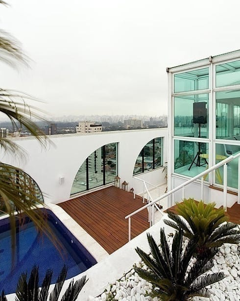 Triplex Moema: Casas modernas por STUDIO CAMILA VALENTINI