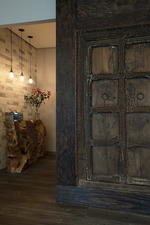 Departamento DL: Vestíbulos, pasillos y escaleras de estilo  por kababie arquitectos