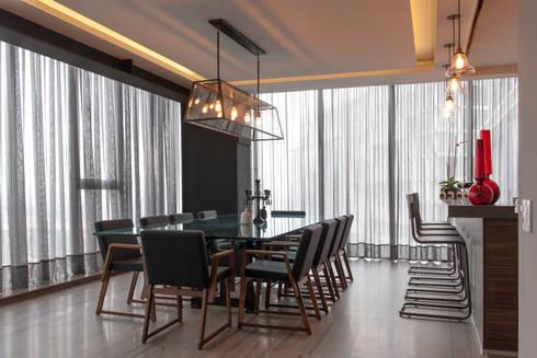 Departamento CM: Comedor de estilo  por kababie arquitectos