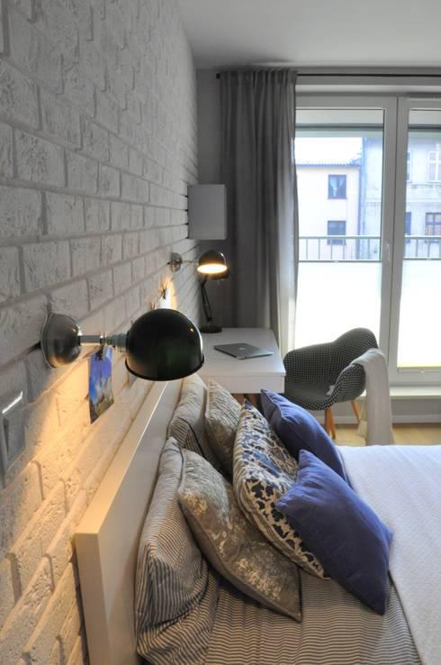 Nadwiślańska \ realizacja: styl , w kategorii Sypialnia zaprojektowany przez NIESKROMNE PROGI