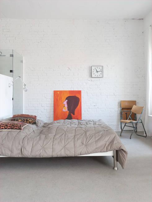 Schlafbereich:  Schlafzimmer von Tim Diekhans Architektur