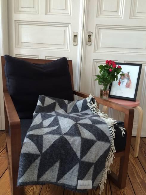 Decke von Tina Ratzer: skandinavische Wohnzimmer von Stilherz