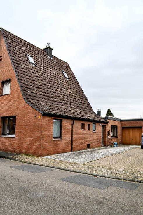Solide Doppelhaushälfte:  Häuser von Jokiel Immobilien