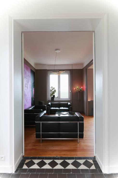 salon après: Salon de style  par ALM Archi Design