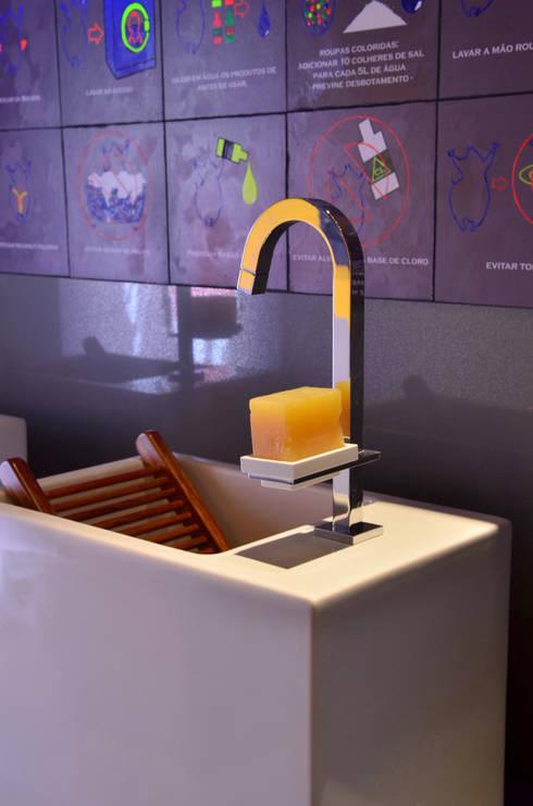 detalhes: Banheiros modernos por ARQUITETURA - Camila Fleck