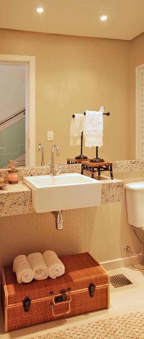 Lavabo: Banheiros  por Neoarch