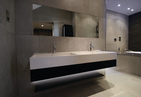 Taylors Etc Client Bathrooms : industrial Bathroom by Taylors Etc