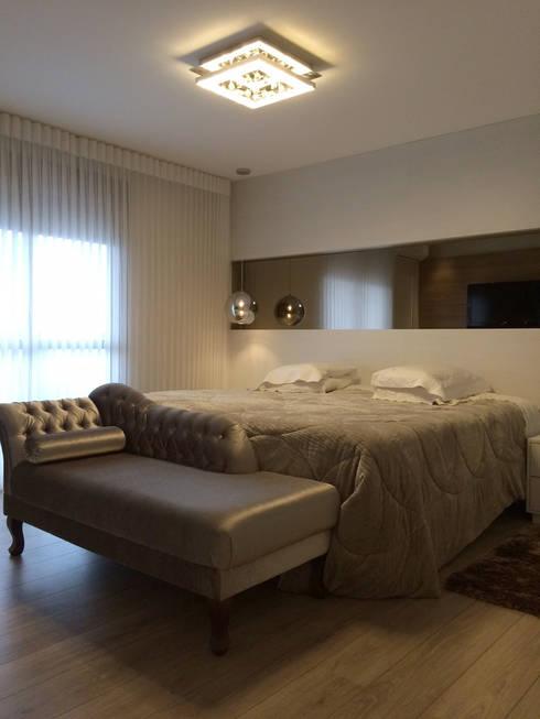 Dormitorios de estilo moderno de Arteforma Arquitetura